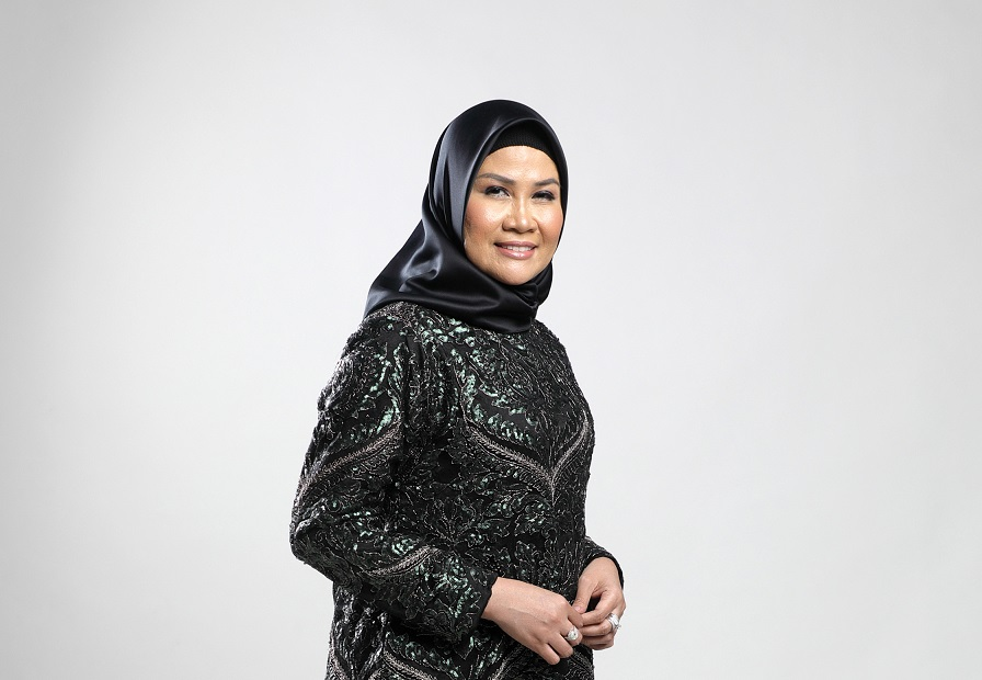 Arfiani – Disainer,  Penghargaan Tertinggi adalah Ketika Hasil Karya Diterima Masyarakat