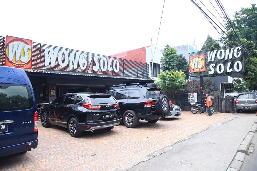 Wong Solo Grup Peduli Karyawan dan Masyarakat Ditengah Pandemi Covid 19