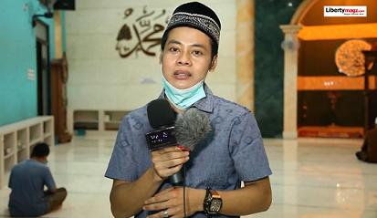 Eko Mega Bintang dan Pengurus Masjid Al Ikhlas Berbagi dan Buka Puasa Bersama Anak Yatim Piatu
